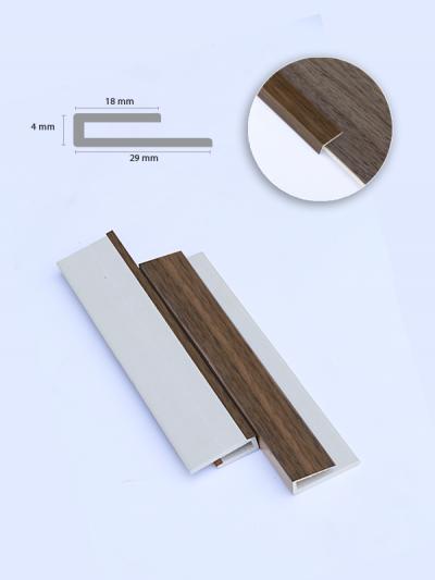 Nẹp nhựa KU304-4